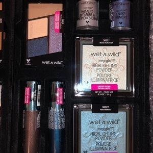 wet n wild Makeup - Wet N Wild Fire and Ice-entire collection